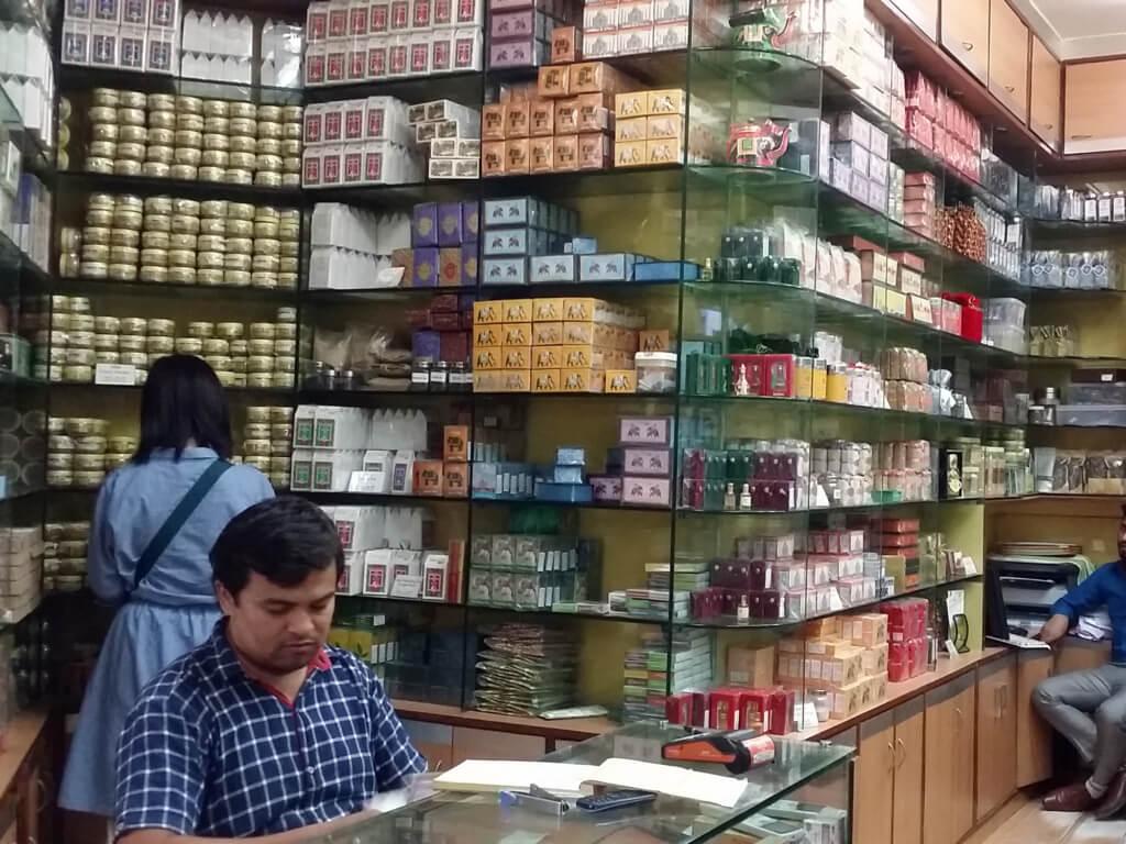 デリーの紅茶専門店 Top Quali Tea 店内