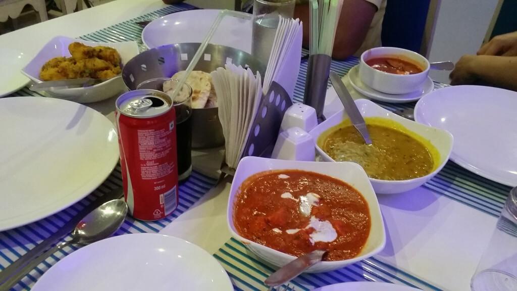 アグラのレストランで食べた晩ごはん