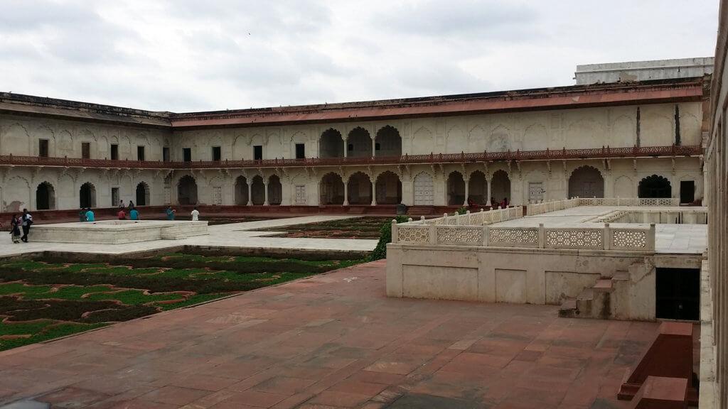 アグラ城 内部の風景